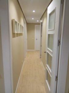 puerta madera blanca